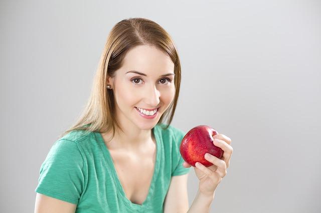 apple-841169_640-1